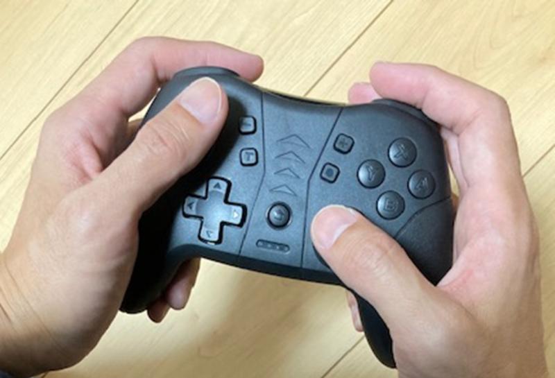 Switchプロコン系の十字ボタン配置